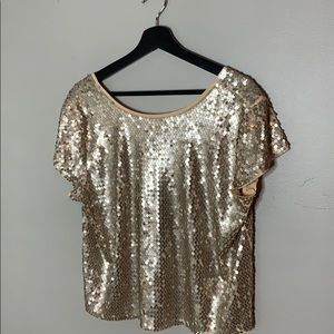 ⭐️HOLIDAYS⭐️ Express sequin top/drop back, size L